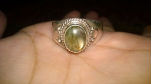 Labradorite Crystal 925 Sterling Silver Ring (Size 7 approx)