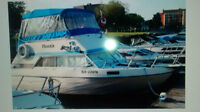 30 foot Bayliner in great condition
