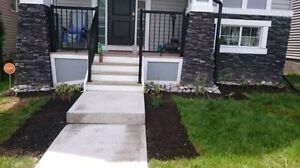 BRIGHT NEWER AIRDRIE HOME! Avail Nov 1