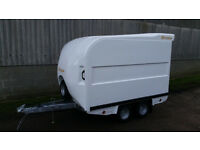Box Trailer Bateson 120v 7' x 4' x 4'