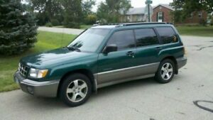 2000 Subaru Forester Limited AWD
