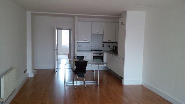 1 bedroom flat in Cleveland Way, Whitechapel