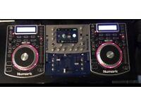 NUMARK NDX400 CDJS & NUMARK DXM06 MIXER