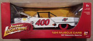 ULTRA RARE JOHNNY LIGHTNING STRIKE 1957 OLDS STOCK CAR 1/24 $250