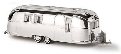 HO 1:87 scale Busch AIRSTREAM TRAILER # 44982-2 ( with name) Model RV + NEW