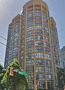 Downtown Vancouver Shared Apartment - Single, Mature, Female.