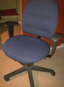 Computer Chair for Sale!