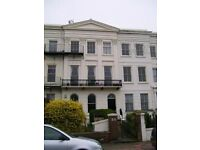FURNISHED STUDIO FLAT, CLOSE TO BRIGHTON STATION, INCLUSIVE OF COUNCIL TAX AND ALL BILLS