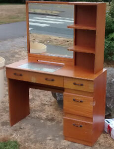VANITY DRESSER - ANTIQUE, COLLECTORS ITEM, SINGER