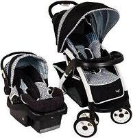 Lux travel system with base