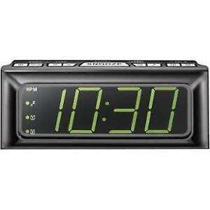 Insignia NS-CLOPP2-C Digital AM/FM Clock Radio with Large LED Di