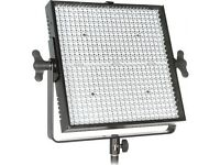 Lime lite Mosaic LED Studio/Location lighting with stands