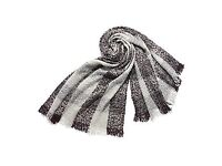 Ideal Christmas Gift. hotter Ladies' Grey Mix Scarf.