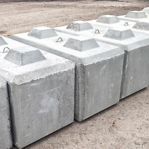 Concrete Lego blocks for building or silage bins