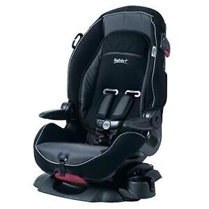 COSTCO BABY CAR SEAT