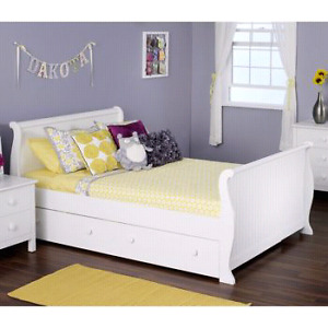 Olivia Bedroom set - Sleigh bed, dresser, night table