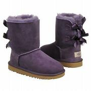 UGG Bailey Bow Size 3