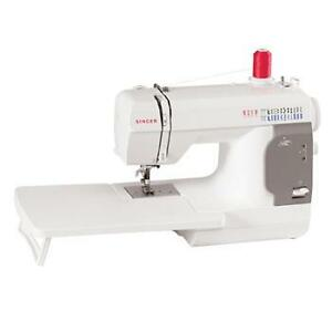 Singer 140 Q sewing and quilting machine