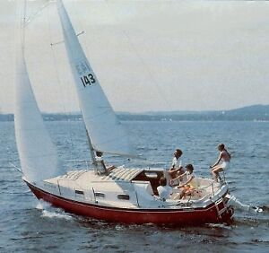 Wanted Sailboat 25-26 feet &  cradle/trailer