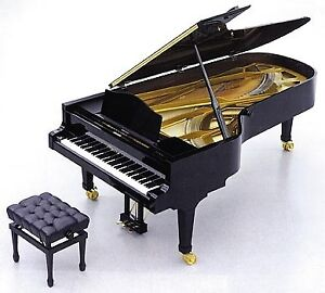 USED PIANO SALE & PROFESSIONAL PIANO TUNING & REPAIR
