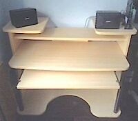 Large Computer Desk w/ Extra Long Keyboard Tray