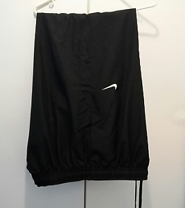 Mens Nike Sport Pants, size XXL (new)