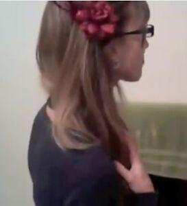 how to wear jasmine flower on hair