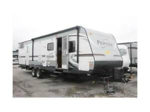 Gorgeous 34 Foot Heartland Pioneer DS31 Travel Trailer