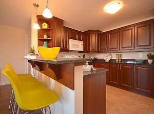 LUXURY 2BR+DEN IN DARTMOUTH!! 1st MONTH FREE!! GREAT LOCATION!!