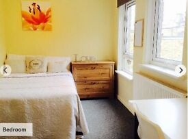 3 Bed Spacious Student Flat **newly refurbished, No Fees**