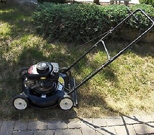Gas lawn mower Yard machines in good condition