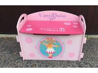 Upsy Daisy toy box