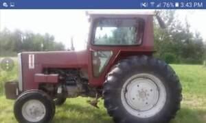 1980 Massey Ferguson 265 Tractor Approx. 60 hp