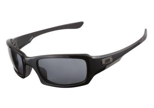 de2a610496b Oakley Z87  Clothing