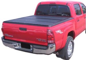 Selling Toyota Tacoma  hard tonneau  cover