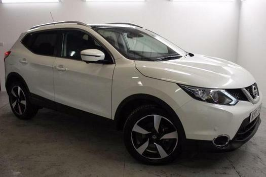 2017 nissan qashqai 1 6 dci n connecta 5 door xtronic diesel hatchback in blackburn. Black Bedroom Furniture Sets. Home Design Ideas