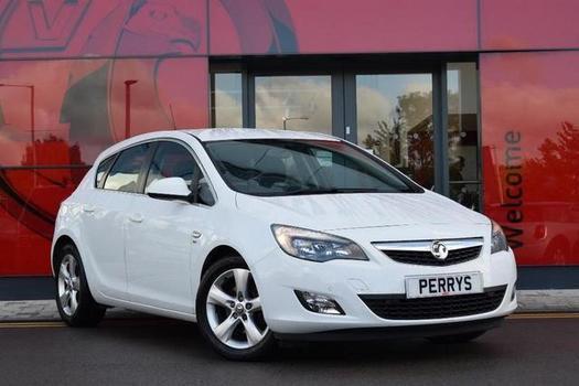 2011 Vauxhall Astra 2.0 CDTi 16V ecoFLEX SRi 5 door [Start Stop] Diesel Hatchbac
