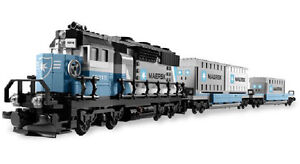 LEGO SET 10219 BRAND NEW  Maersk Container Train all gone