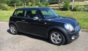 *-*-* 2010 Mini Cooper 6-Spd w/ FULL Moon Roof (Certified) *-*-*