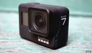 GoPro Hero 7 Black - Extra Batteries, 50 Acces, Lens Protector