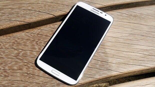 Samsung Galaxy Mega GT-I9158 - White (Unlocked) Smartphone