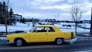 Classic 1968 Dodge Dart Post Car