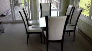 Glass dinning room suite