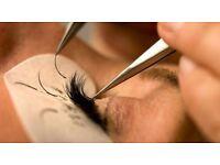 **Semi permanent individual eyelash extensions**