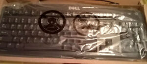 BRAND NEW Dell Keyboard PS/2 PS2 Key Board Part Number 07N242