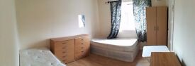willesden double room