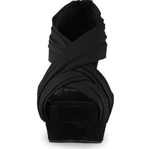 Jeffrey Campbell Black wedge Shoes , Size 6.5 London Ontario image 3