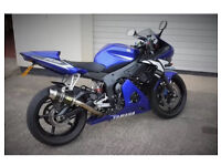 Very clean Yamaha R6