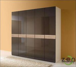 Custom Closets Design and Manufacture