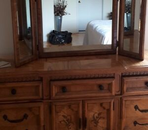 5 piece king sized bedroom set